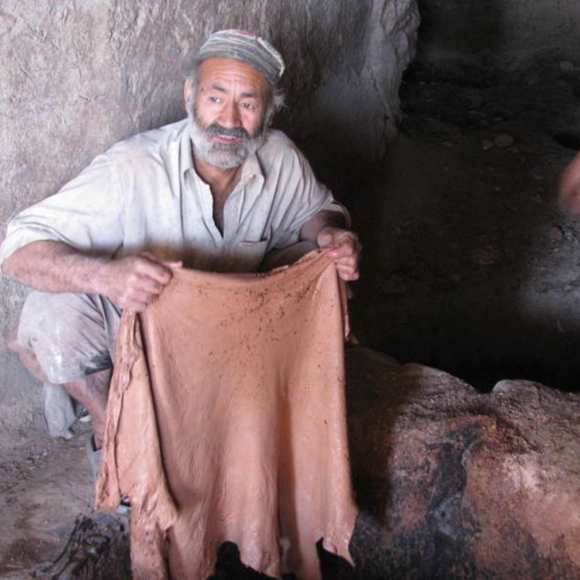 Gundara - Leather tanning in Khulm, Northern Afghanistan - step 8