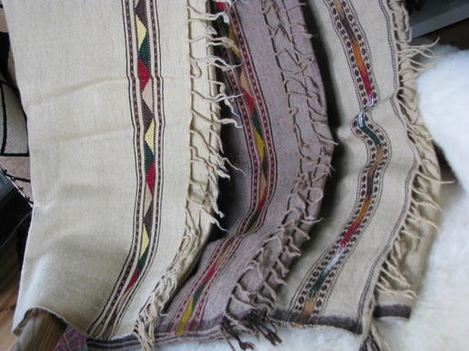 Patu - Tagesdecke - aus reiner Wolle - Wolldecke - Babydecke - Gundara