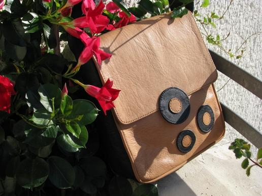 Gundara - Bubble Boom - pure leather - made in Afghanistan