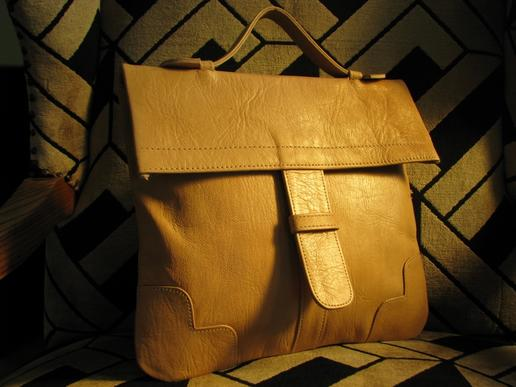 natural leather handbag - Granny's Fanciest - Gundara