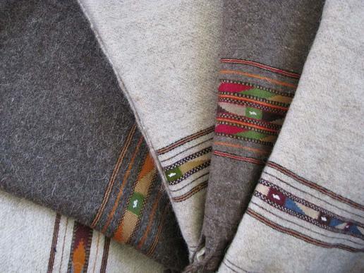 Patu - Gundara - Plaid - schwere Wolldecke - handgemacht in Pakistan