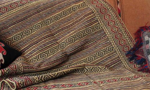 Gundara - Detailansicht - feiner antiker Belutsch-Läufer