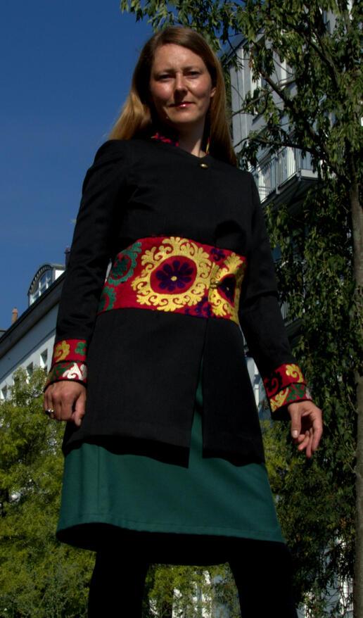 Gundara - long jacket - beautiful Afghan embroidery