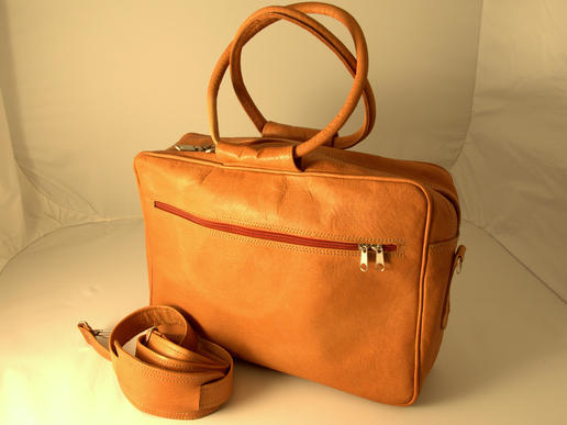 Laptop bag - genuine leather - fair trade from Afghanistan - padded laptop compartment