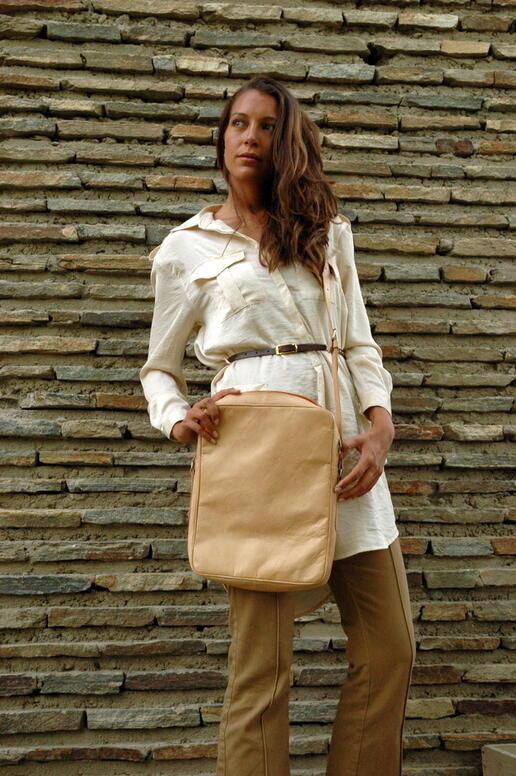 sac en cuir véritable - Gundara