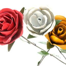 upcycling metal roses from zimbabwe - Shona Art
