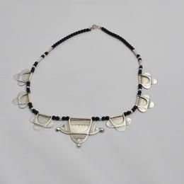 Silberkette mit Onyxperlen