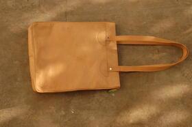 Handtasche Sofia - Echtleder - hergestellt in Afghanistan - Gundara