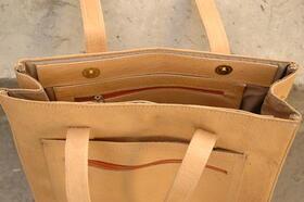 Einkaufstasche Sofia - von oben - Echtleder - aus Afghanistan - innen - Gundara