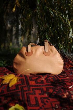 Gundara - Minnie Mouse - Handtasche aus Naturleder - aus Afghanistan