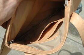 Gundara - Minnie Mouse - Innenansicht - originelle Handtasche aus Naturleder