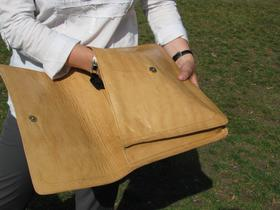 Gundara - Sangpush - document holder or laptop case - open