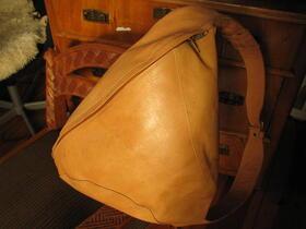Gundara - Tripack Natur - sportlicher Lederrucksack - Echtleder - Afghanistan