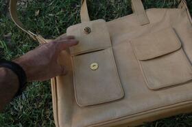 Summer Fritz - shoulder bag - unisex - real leather - from Afghanistan - Gundara