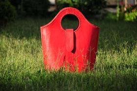 Gundara - The Red Devil - red leather shopper