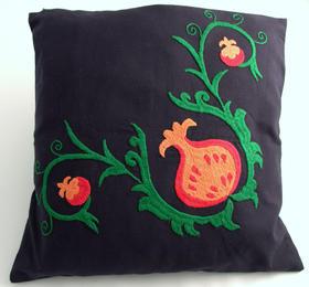 cushion cover for your pillow - handmade in Tajikistan - women's cooperative - Gundara