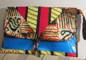 Angaza - clutch - upcycling from Rwanda - brings color to your life