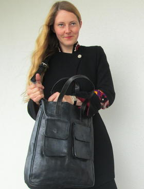sac vintage noir par Gundara