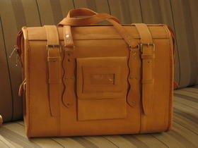 Gundara - Marco Polo- travel bag - genuine leather - fair trade from Afghanistan - cabin size