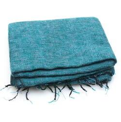 emerald yarns mixed with syringa